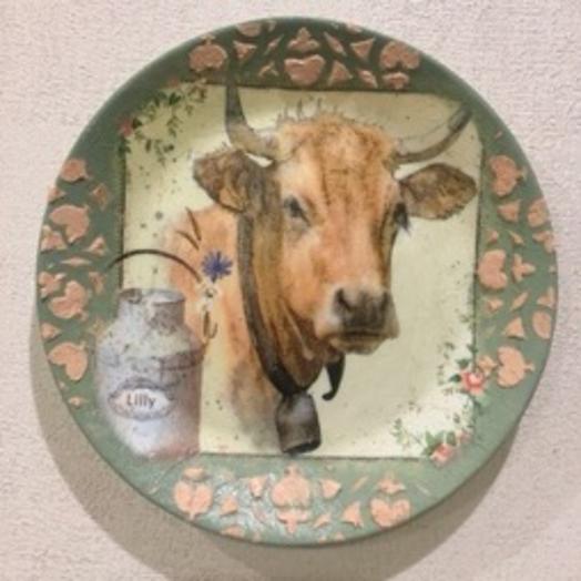 Тарелка с коровкой