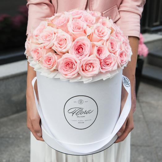 Розовые розы в шляпной коробке Grand WHITE