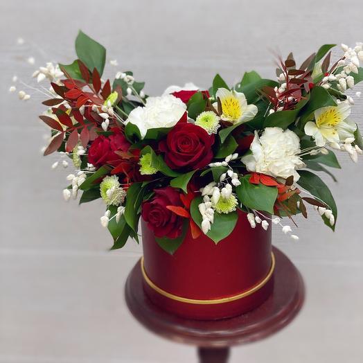 Цветы в коробке Рэд