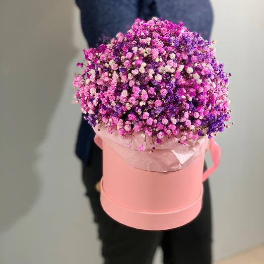Гипсофила в розовой гамме в шляпной коробке размера М