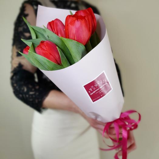 Букет комплимент из 7 тюльпанов