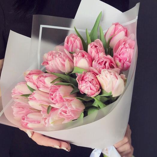 Букетик Пионовидных Тюльпанов