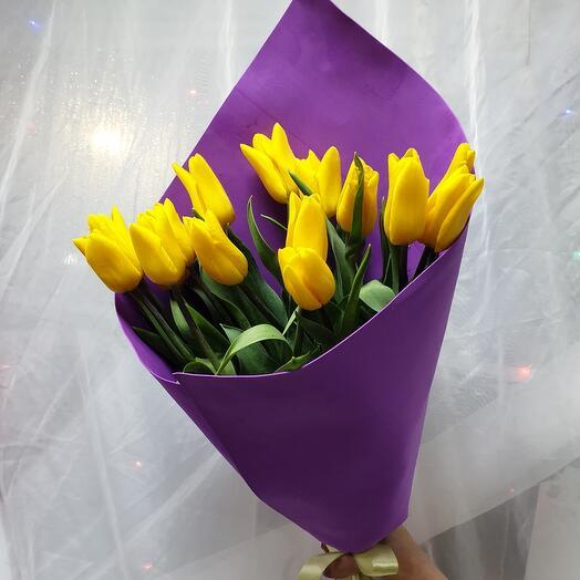 """Букет """"15 тюльпанов"""""""