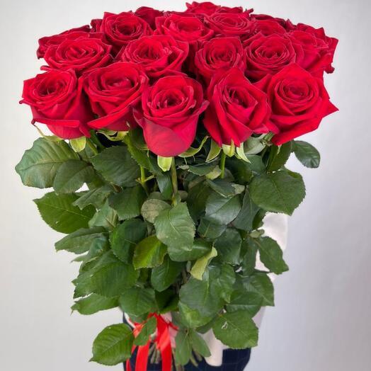 Букет красных роз 80 см