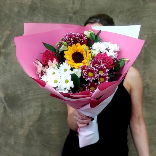 Букет Кустовых Хризантем, Эустом и Роз