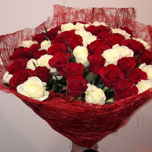 51 роза в сезали: букеты цветов на заказ Flowwow