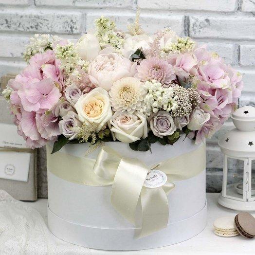 Цветы в коробке XL (30 см) 0576: букеты цветов на заказ Flowwow