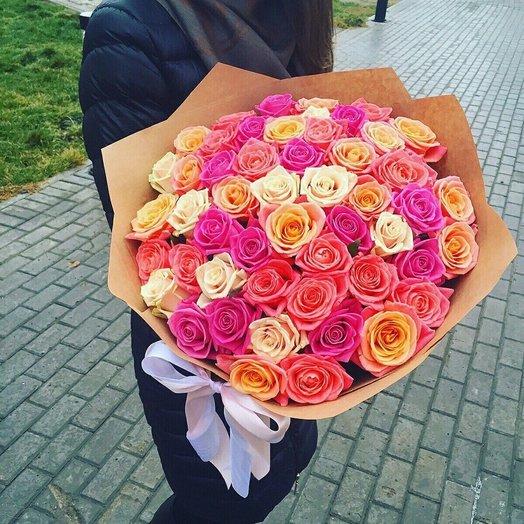 Микс из 51 розы: букеты цветов на заказ Flowwow