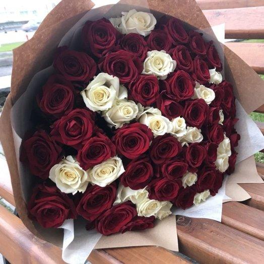 61 роза Страсти: букеты цветов на заказ Flowwow