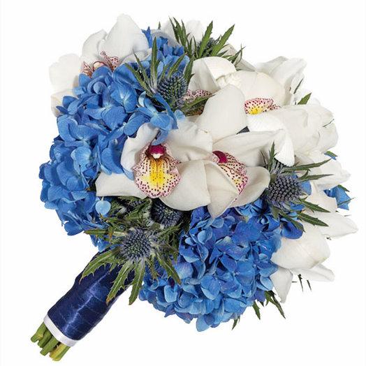 Букет невесты «Голубая гортензия»: букеты цветов на заказ Flowwow