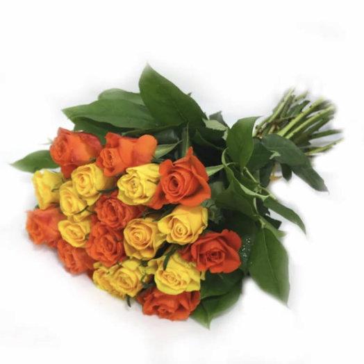 Букет жёлто-оранжевых роз: букеты цветов на заказ Flowwow