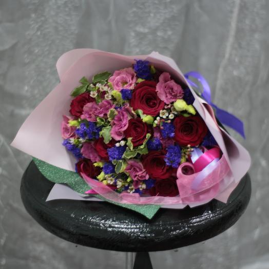 Жгучая брюнетка: букеты цветов на заказ Flowwow