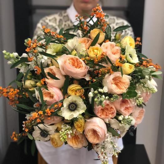 Анемоны и Джульетта: букеты цветов на заказ Flowwow
