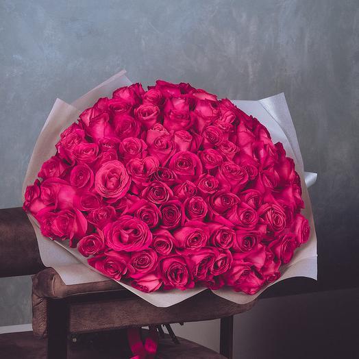 101 элитная эквадорская роза