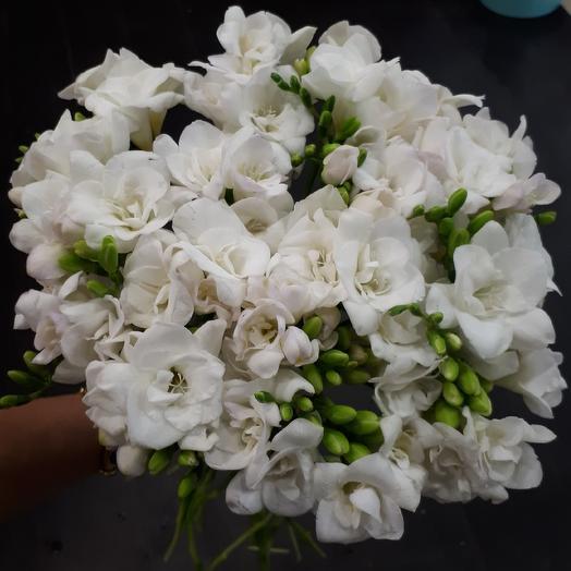 Моей богине: букеты цветов на заказ Flowwow
