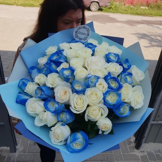 51 сине белая роза: букеты цветов на заказ Flowwow