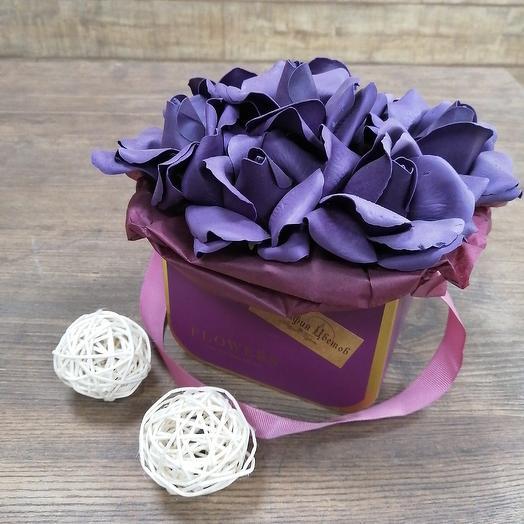 Коробочка комплимент из мыльных роз: букеты цветов на заказ Flowwow