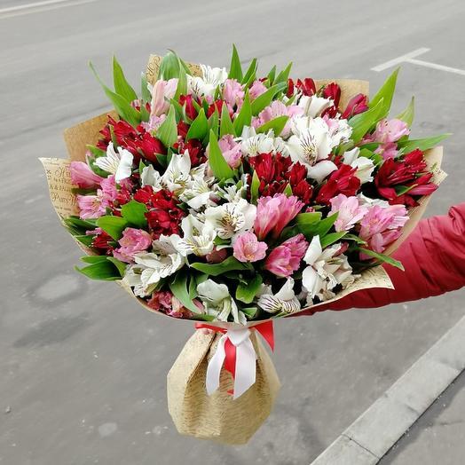 Букет из альстромерия: букеты цветов на заказ Flowwow