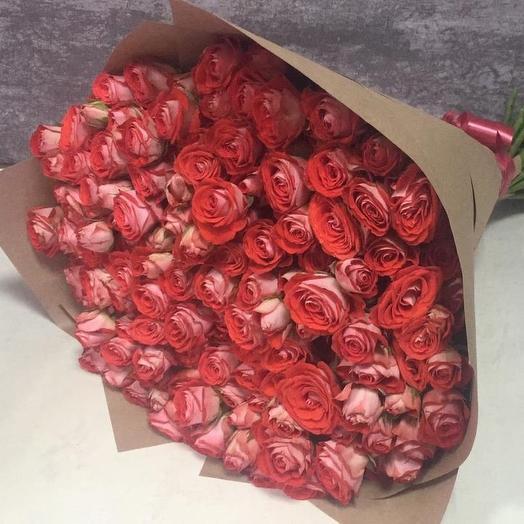 Кустовые розы розовые 51 шт: букеты цветов на заказ Flowwow
