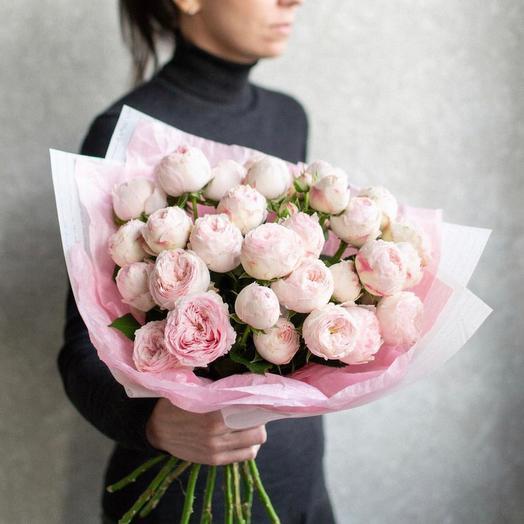 Моно из 9 кустовых пионовидных роз
