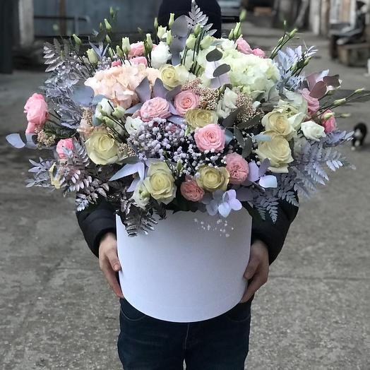 Большая коробка микс цветов