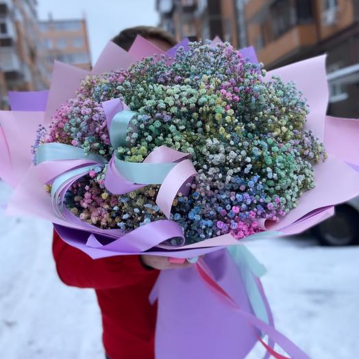 A huge bouquet of baby's breath💜
