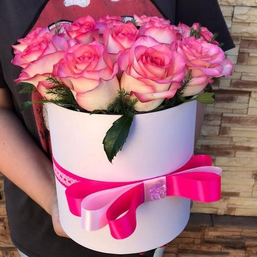 Розовые розы💕
