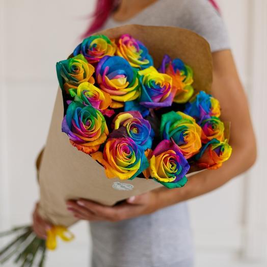 Букет из 11 радужных роз