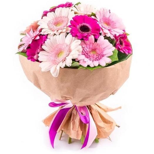 Букет из 17 розовых гербер