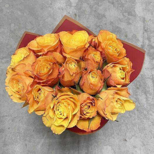 Букет из огненных кенийских роз