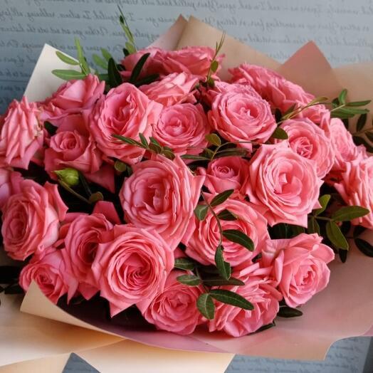 Букет из 9 кустовых роз Барбадос