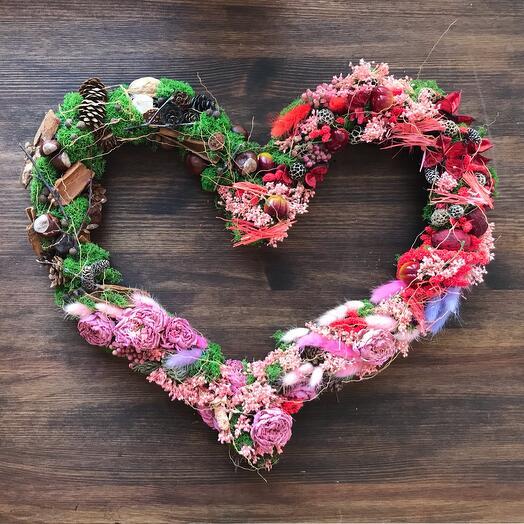 Сердце из сухоцветов