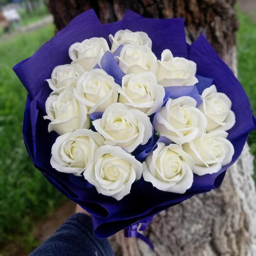 Розы мыльные