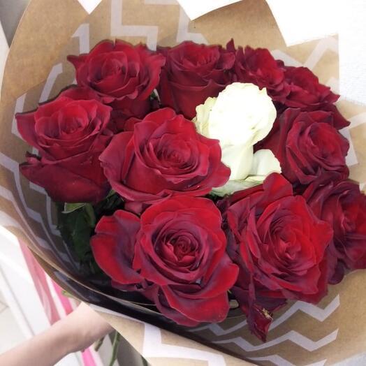 Букет из 11 роз Эквадор 40 см
