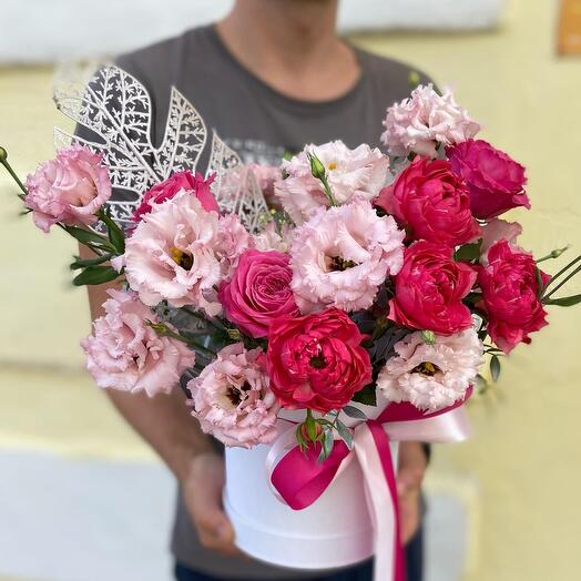 Цветы в коробке Кармэн