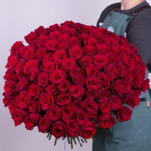 Букет из красной эквадорской розы