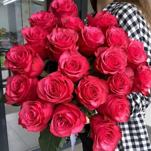 Букет из 21 прекрасной розы Lola