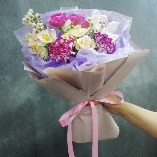 Букет с орхидеей и мисти баблз