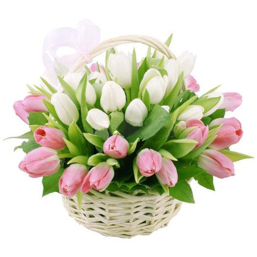 Нежность в корзине: букеты цветов на заказ Flowwow