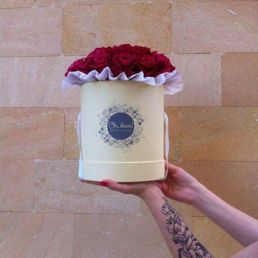 39 красных роз в коробке: букеты цветов на заказ Flowwow