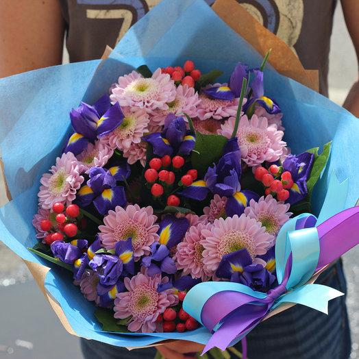 Сборный букет с ирисами и хризантемами: букеты цветов на заказ Flowwow