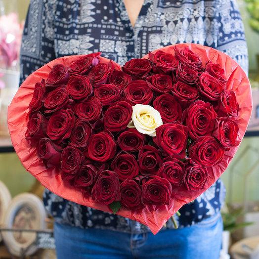 Букет-сердце из роз (41 роза): букеты цветов на заказ Flowwow