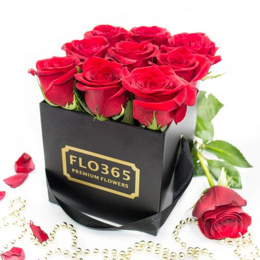 Черная коробка FLO365 из 9 красных роз: букеты цветов на заказ Flowwow