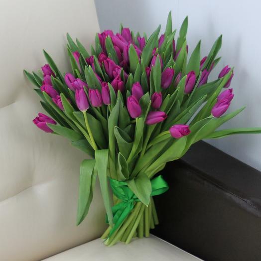 51 фиолетовый тюльпан: букеты цветов на заказ Flowwow