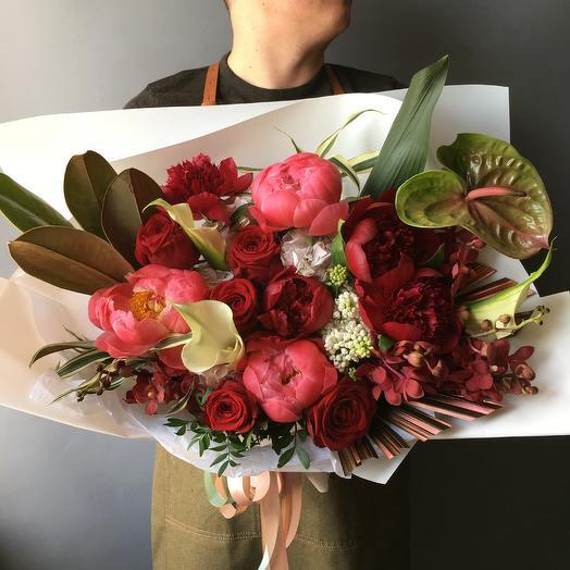 Ароматный букет с пионами: букеты цветов на заказ Flowwow