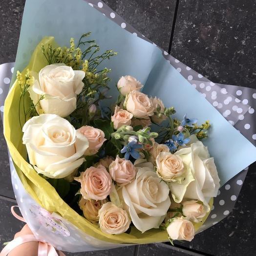 2131: букеты цветов на заказ Flowwow
