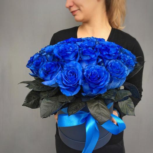 Шляпная Коробка из Синих роз: букеты цветов на заказ Flowwow