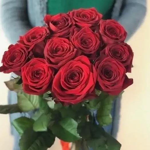11 роз Ред наоми
