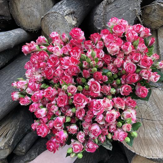 Моно букет из кустовой розы: букеты цветов на заказ Flowwow