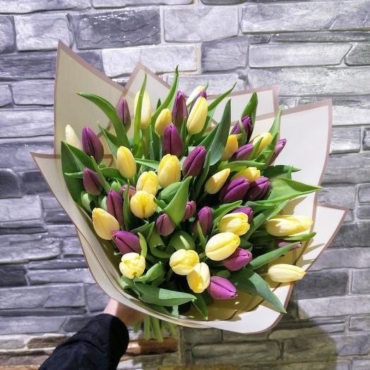 45 тюльпанов: букеты цветов на заказ Flowwow